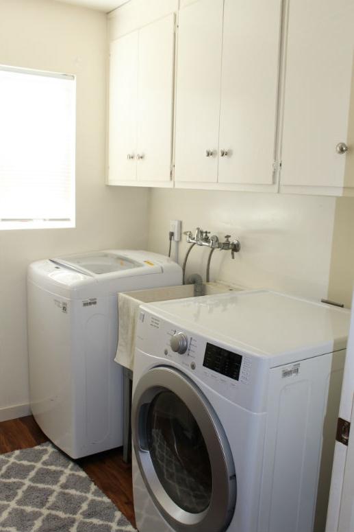 Laundry room-775